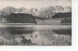 A Identifier Homme Au Bord De L'eau Lac De Montagne - Cartes Postales