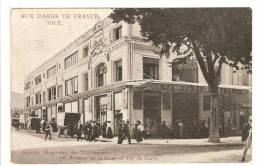 NICE - ALPES MARITIMES - DEVANTURE MAGASIN AUX DAMES DE FRANCE - 58 AVENUE DE LA GARE ET RUE DE PARIS - Petits Métiers