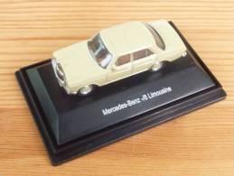 Schuco 26002, Mercedes /8 Limousine, 1:87 - Véhicules Routiers