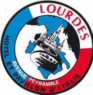 FRANCE LOURDES HOTEL ET PAVILLON D'ITALIE VINTAGE LUGGAGE LABEL - Hotel Labels