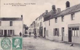 ¤¤  -   16   -   LA PLAINE-sur-MER   -  Place De L'Eglise Et Rue De Préfailles  -  Café Du Centre   -  ¤¤ - La-Plaine-sur-Mer