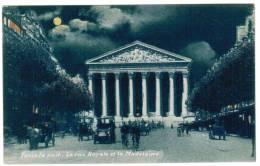 CPA Paris La Nuit, La Rue Royale Et La Madeleine (pk6099) - Paris La Nuit
