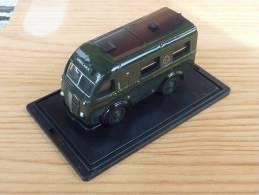 Oxford 76AK014, Austin Welfarer Ambulance, 1:76 - Road Vehicles