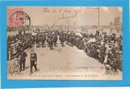 D45 - LES FETES DE JEANNE D'ARC A ORLEANS - LES GENDARMES EN TETE DU CORTEGE - état Voir Descriptif - Orleans