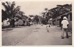 Belgian Congo Matadi Une Rue D'un Village Negre Real Photo - Belgian Congo - Other