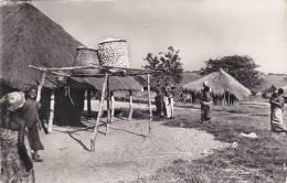 Belgian Congo Au Village Real Photo - Belgian Congo - Other