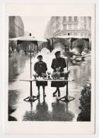 """Les Photographes De Paris - IZIS - """" Le Muguet Du 1er Mai ( 1950 ) """" - Carte Vierge - Illustrateurs & Photographes"""