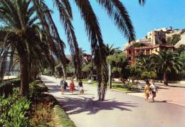 """Bellissima   Cartolina   Anni 60       """"  Riviera Delle Palme -Finale Ligure - Passeggiata """" - Savona"""