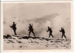Photographie Soldats Suisse Chasseurs Alpins Studio Keystone 1939 Militaire - War, Military