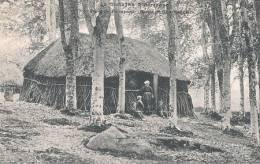 HUTTE DE CHARBONNIERS EN FORET DE PAIMPONT - Paimpont