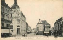 AUXERRE HOTEL DES POSTES ET LA PLACE DE LA FONTAINE - Auxerre