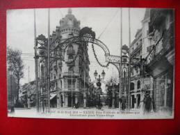 CPA ALLIER - VICHY 1913 - Fête De Gymnastique - Décorations Place Victor Hugo - Vichy