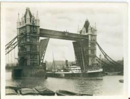 UK, London, Tower Bridge, 1920s Real Photo Snapshot [12669] - Photography