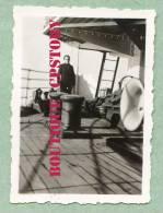 """PAQUEBOT """" KERGUELEN """" - Voyage à Bord Du Bateau En 1939 - Boat Liner - Photo 6cm X 4cm Cahier De Militaire - Bateaux"""
