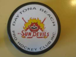 HOCKEY - SUR GLACE - PUCK - PALET - SUN DEVILS - DAYTONA  - BEACH. - Apparel, Souvenirs & Other