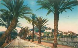 83 - HYERES - L'Avenue Godillot (LL. 11) - Hyeres