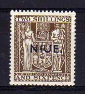 Niue - 1941 - 2/6d Overprint (Chalk Surfaced Paper, Single NZ Watermark) - MH - Niue
