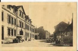 Neuvic D 'Ussel - Hôtel De Ville Et Monument - Auto - Autos - Voiture -  Wagen - Autres Communes