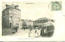 N°27078 -cpa Coutainville -place De L'Hôtel Beau Rivage- - France