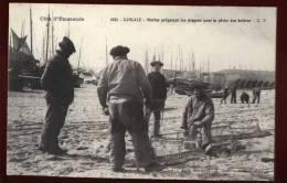 Cpa Du  35  Cancale Marin Préparant Les Dragues Pour La Pêche Des Huîtres     BHU12 - Cancale