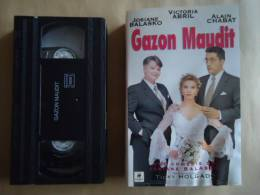 GAZON MAUDIT / JOZIANE BALASKO   //  VHS CASSETTES - Comedy