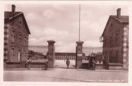 VERDUN Caserne NIEL 150éme RI Belle Cpsm Sépia Animée - Verdun