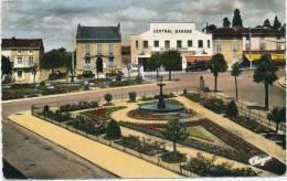 SAINT JUNIEN - Square Curie (vue Sur Le Central Garage) - Saint Junien