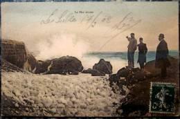 85 CPA Animée 1908 LES SABLES D'OLONNE La Merc Ecume Mer Agitée Sur Les Rochers - Sables D'Olonne