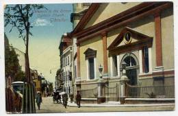 GIBRALTAR-- Entrance To The Roman Catholic Church (très Animée,attelage) éd Beuzaquen - Gibilterra
