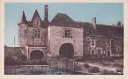 CPA 86  COUSSAY-en-MIREBALAIS, Pavillon XVI°s. De La Fontaine Du Chateau. - France