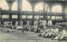 Paris : Galerie Des Machines, Journée Du Ier Mai 1906, Un Coin Du Camp. 2 Scans. Edition Marmuse - Arrondissement: 08