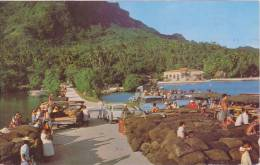 POLYNESIE FRANCAISE, BORA BORA, Le Quai - Polynésie Française