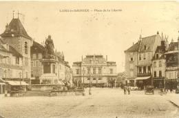 CPA LONS LE SAUNIER - PLACE DE LA LIBERTE - Lons Le Saunier