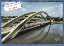 D 22. Tréguier Le Nouveau Pont  Trés Beau Plan - Tréguier