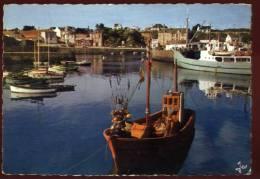 Cpsm  Du  56 Ile De Groix   Port Tudy Les Bateaux Dans Le Port         BHU18 - Groix
