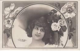 Mlle Elise De Vère - Artistes