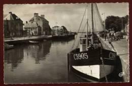 Cpsm Du 14 Isigny Sur Mer   Le Port  MART5 - Zonder Classificatie
