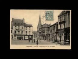 50 - CARENTAN - Place De La République Rue De L'Eglise - Carentan