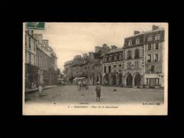 50 - CARENTAN - Place De La République - 1 - Carentan