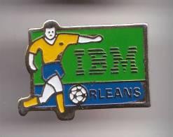 Pin's Football IMB Orléans  Dpt 45  Réf 7313JL - Football