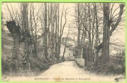 BOURGOIN  - Route De Maubec à Bourgoin.   1915   . - Bourgoin