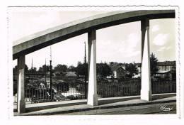 CONDE-SUR-ESCAUT  ( Nord )  La Ville Vue Du Pont De La Renaissance - Conde Sur Escaut
