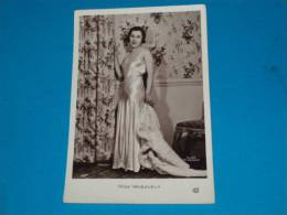 Personnages Célèbres) Miss Vénézuéla - N°29 M - Année 1932 - Pepins Toledo - 24 Ans ( Studio M. PERGAY - Femmes Célèbres