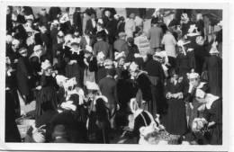 CPA 29 CONCARNEAU UN JOUR DE MARCHE 1935 - Concarneau