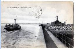Cherbourg (Manche) L'avant-port Et La Grande Jetée + 1 CARTE OFFERTE     (LES  4 CARTES) - Cherbourg