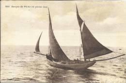 BARQUE DE PÊCHE EN PLEINE MER - Pesca