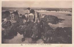 VILLERVILLE - LA PECHE AUX CRABES VG  BELLA FOTO D´EPOCA ORIGINALE 100% - Villerville
