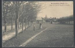 - CPA 60 - Breteuil-sur-Noye, Place Du Jeu De Paume Et Hospice - Breteuil