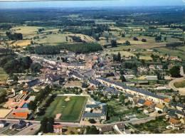 Cérans-Foulletourte..belle Vue Aérienne Du Village..le Stade De Foot..la Piscine - Otros Municipios