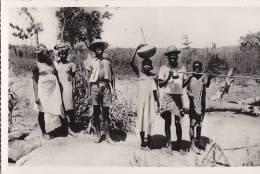 Afrique - Madagascar - Majunga - Porteur D'eau - Cachet - Madagascar
